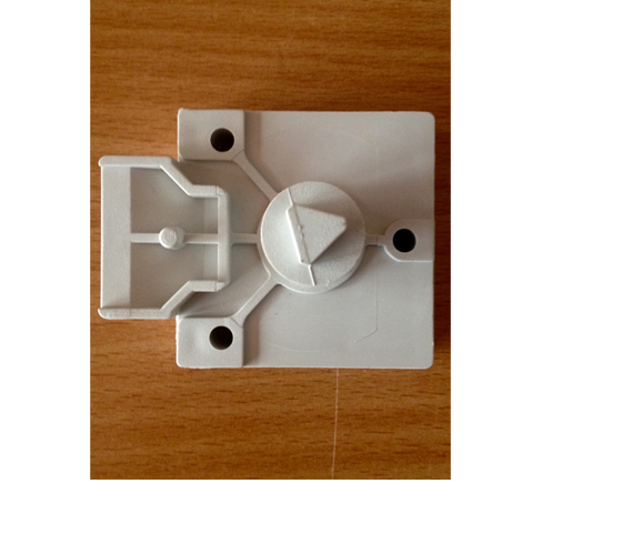 Aparador Em Baixo Da Janela ~ Cerradura triangular de plástico por resbalon, puerta del